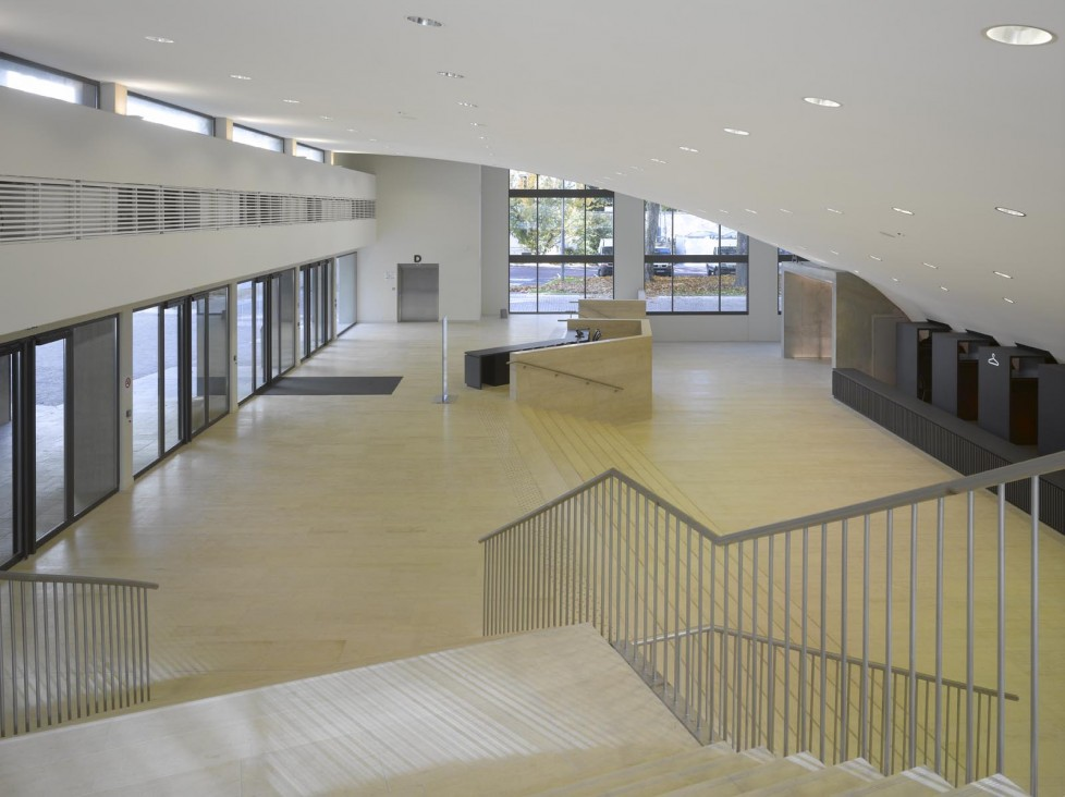 EG: Foyer
