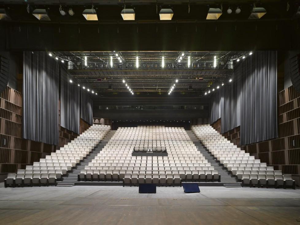 EG: Auditorium