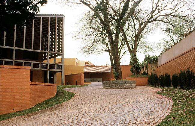 embajada_2